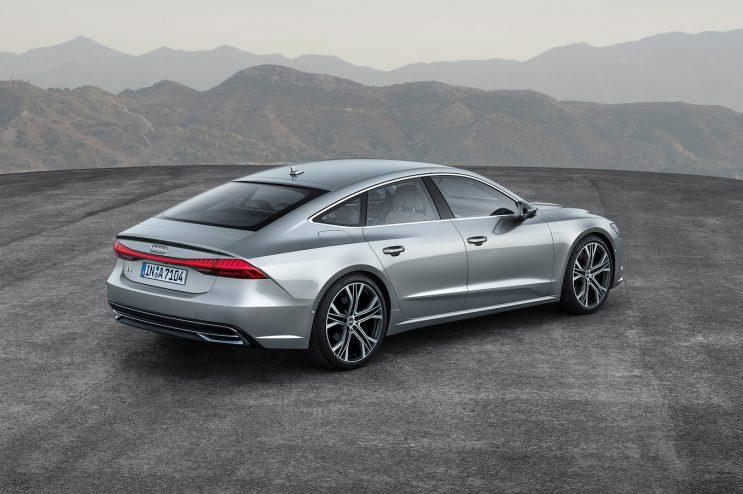 2019-Audi-A7-rear-three-quarter
